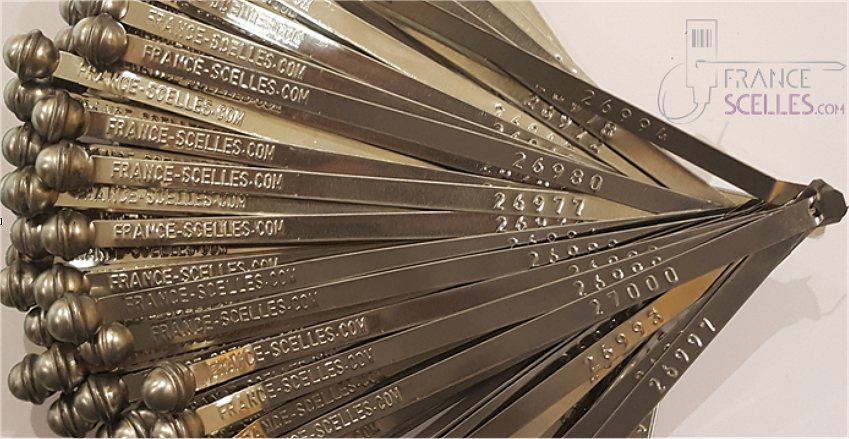 Scellé feuillard métallique